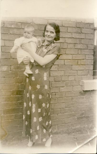 Jessie Catterson with son Roy