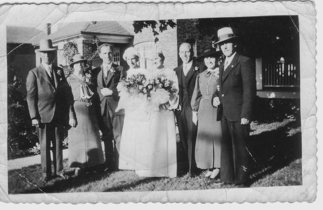 Wedding Sept 21,1935 left to right Mr Mrs Miller, George & Isobel Anderson, Mifs Petsnick, Dave3, Dave2