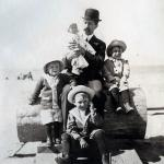 Gaffney, John and 1st four kids.  My mom is the little one.  San Francisco, CA abt. 1914